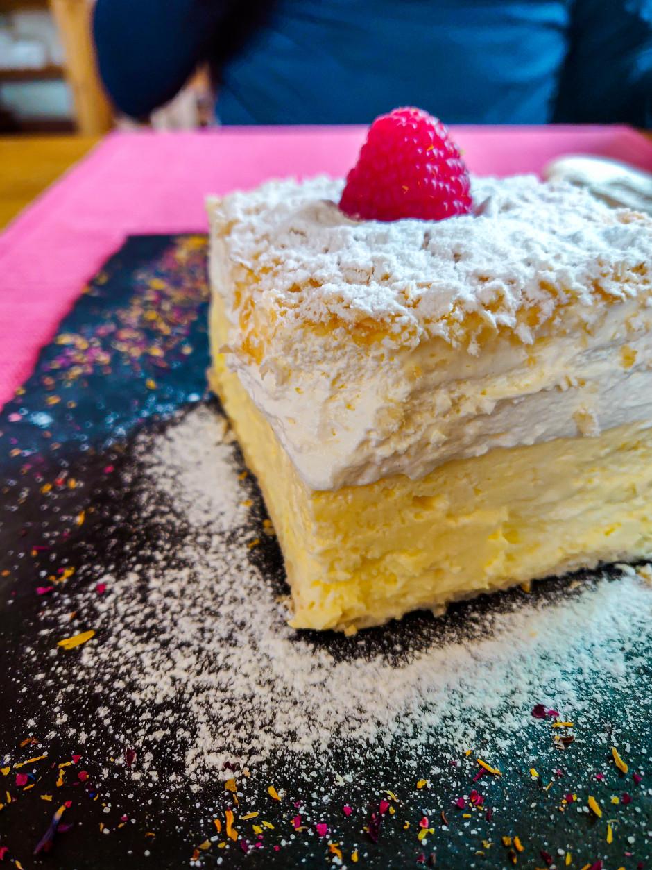 bled cake osteria babji zob